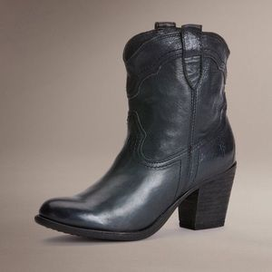 Frye Sabrina Ankle Boots